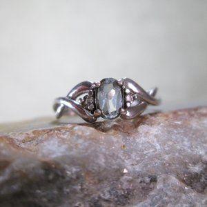 Aquamarine Ring, Oval Cut Gem Sterling Silver 7.75